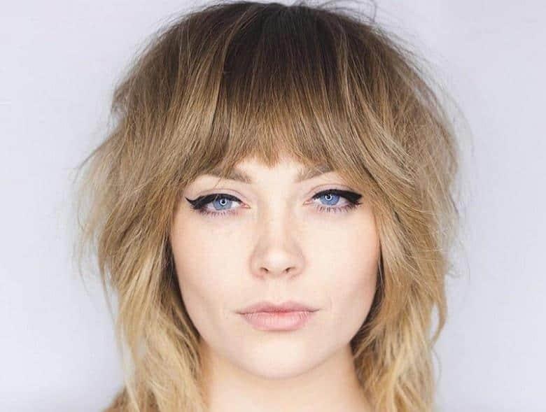 10 Inspirasi Model Rambut Pendek Untuk Si Wajah Bulat