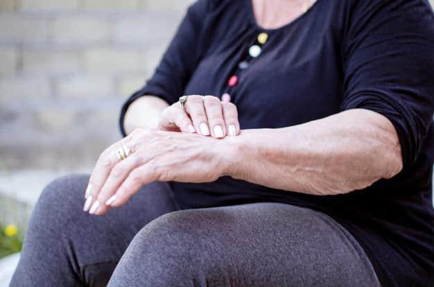 Mengatasi Penuaan pada Kulit Tubuh