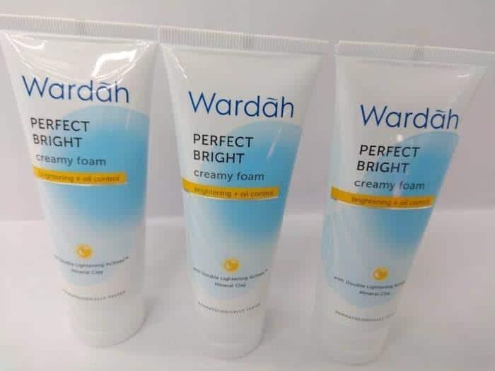 Wardah Perfect Bright Creamy Foam Brightening Oil Control