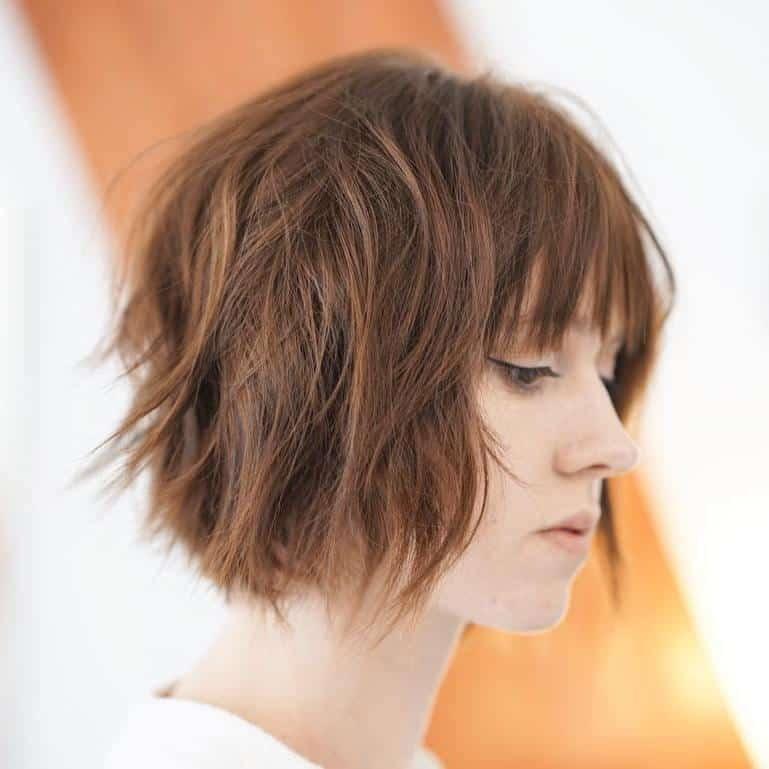 model rambut pendek untuk wajah bulat dan rambut tipis_Shaggy Pendek dengan Poni (Copy)