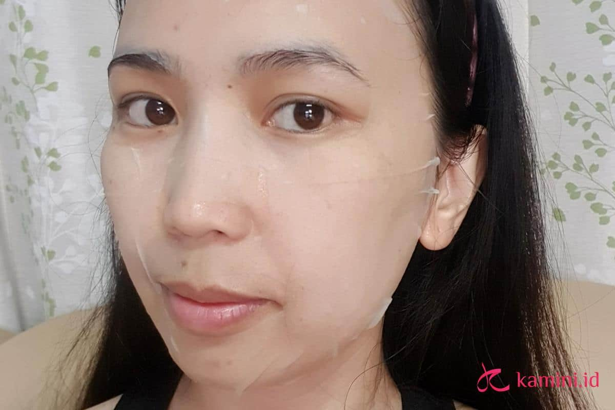Review DrJart Sheet Mask Cicapair_aplikasi (Copy)