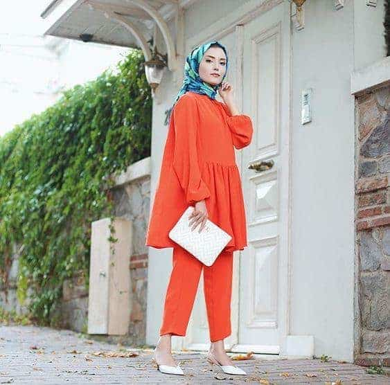 warna hijab untuk baju oranye_biru (Copy)