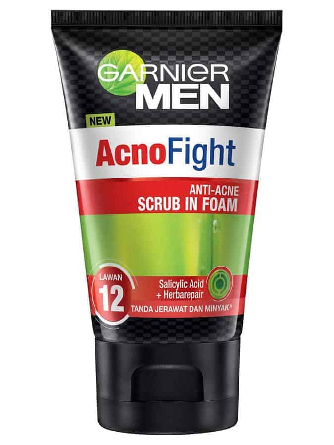 Garnier Men Acno Fight Anti-Acne Scrub in Foam Spout Sch
