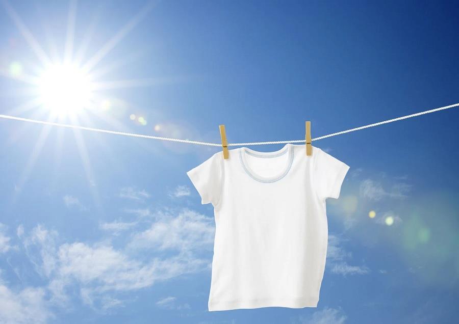 Jemur Pakaian Putih