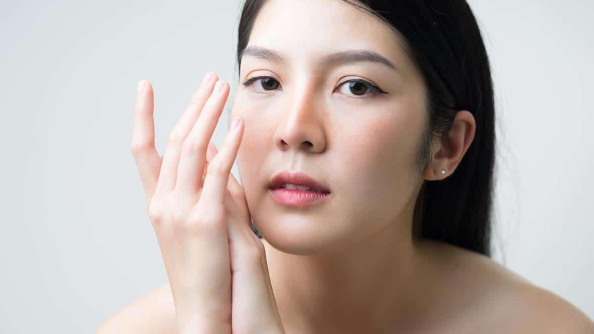 Manfaat BB Cream Wardah_Memiliki kandungan antioksidan (Copy)