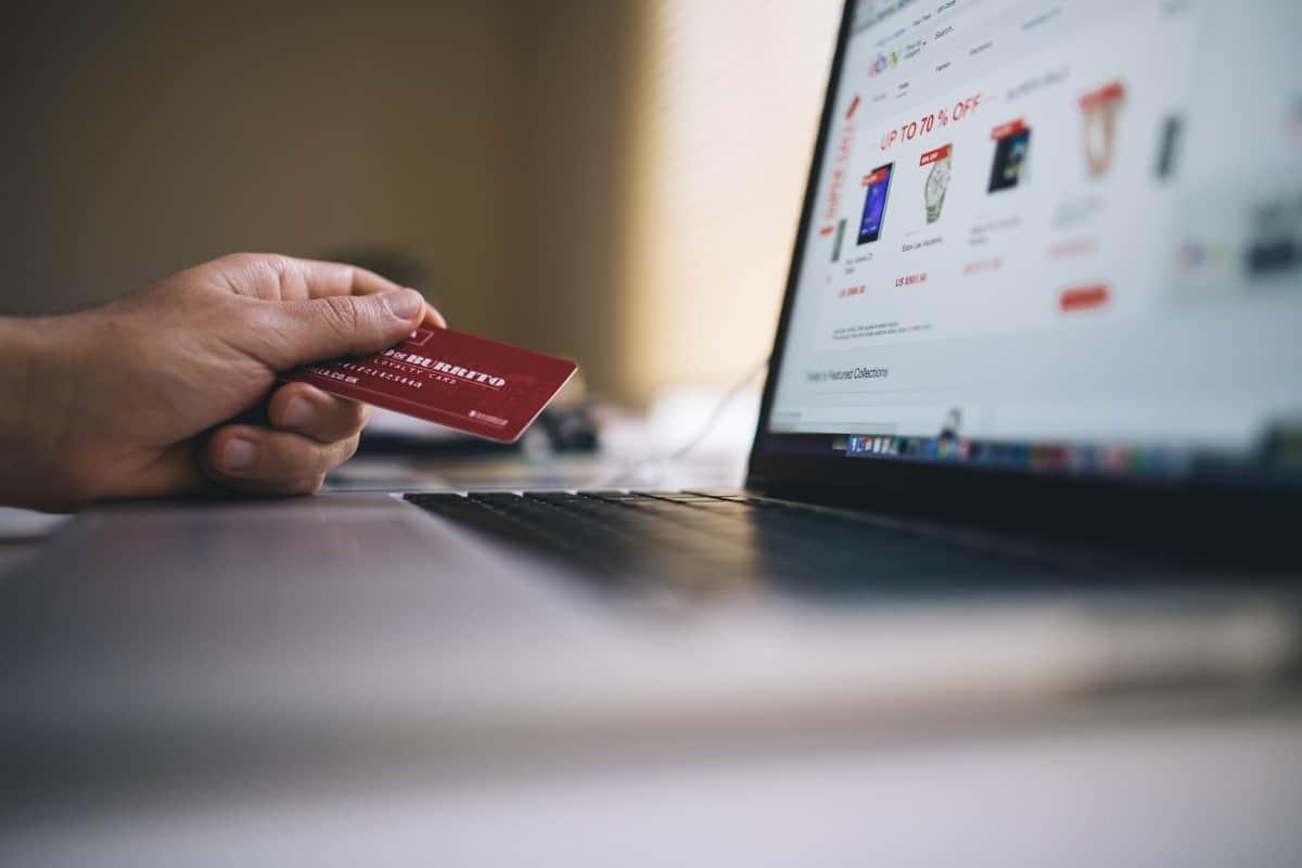 Pinjaman atau kredit