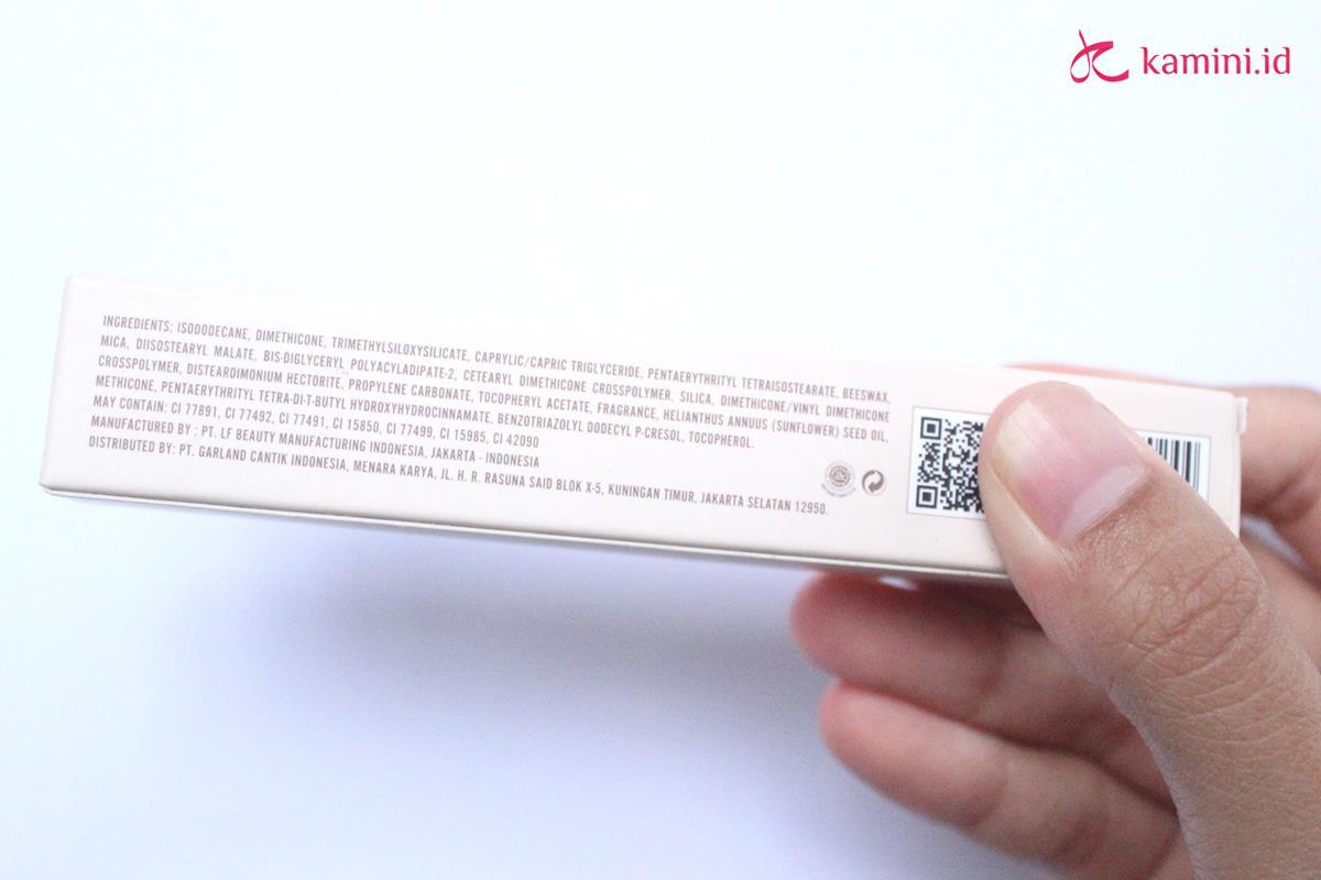 Review Dear Me Beauty 2 in 1 Velvet Veil Color_ingredients (Copy)