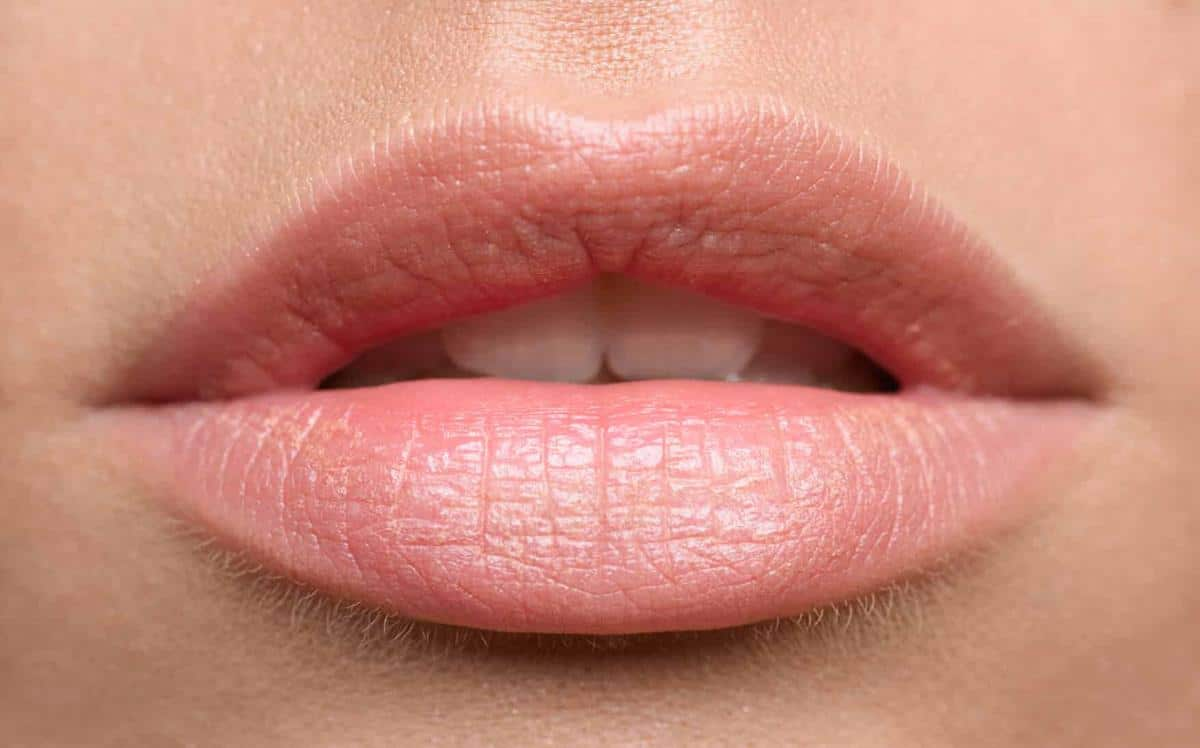 Scrub untuk Bibir