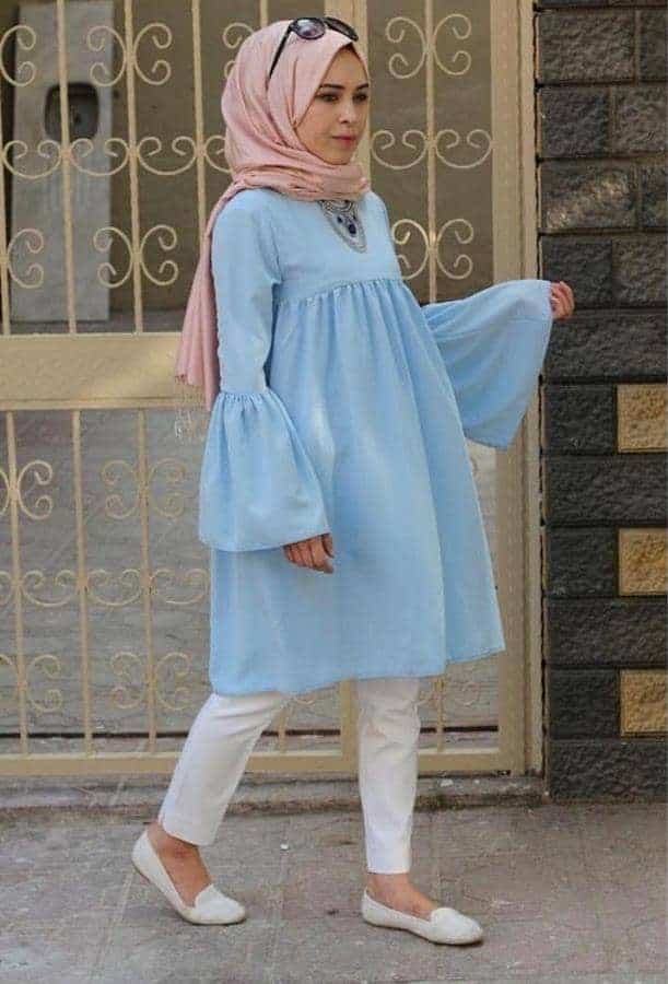 10 Inspirasi Warna Jilbab yang Cocok untuk Baju Warna Biru 1