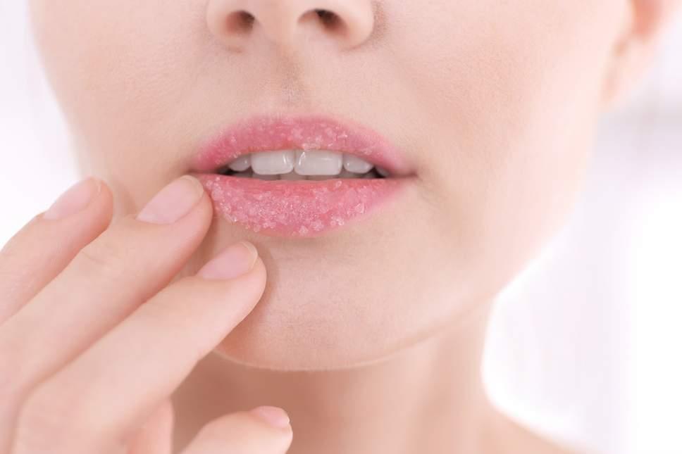 manfaat lip balm oriflame_dapat berfungsi sebagai lip scrub