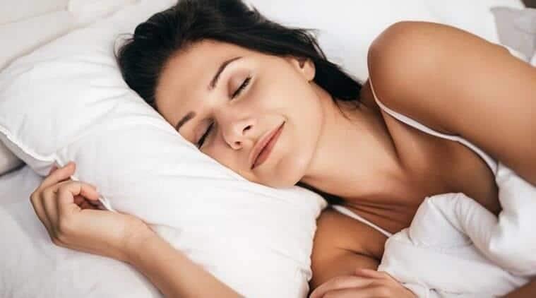 manfaat lip balm oriflame_memberikan manfaat ketika tertidur