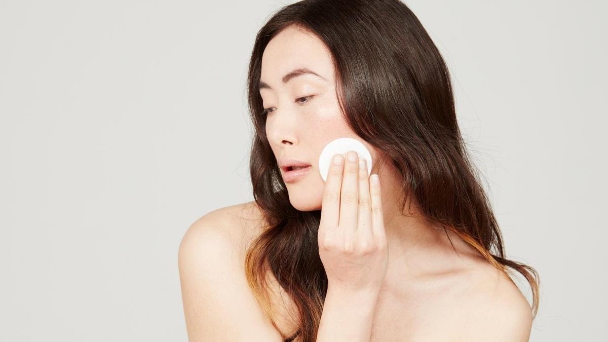cara menggunakan viva milk cleanser dan face tonic_Kapas Untuk Membersihkan Wajah Dan Aplikator Face Tonic