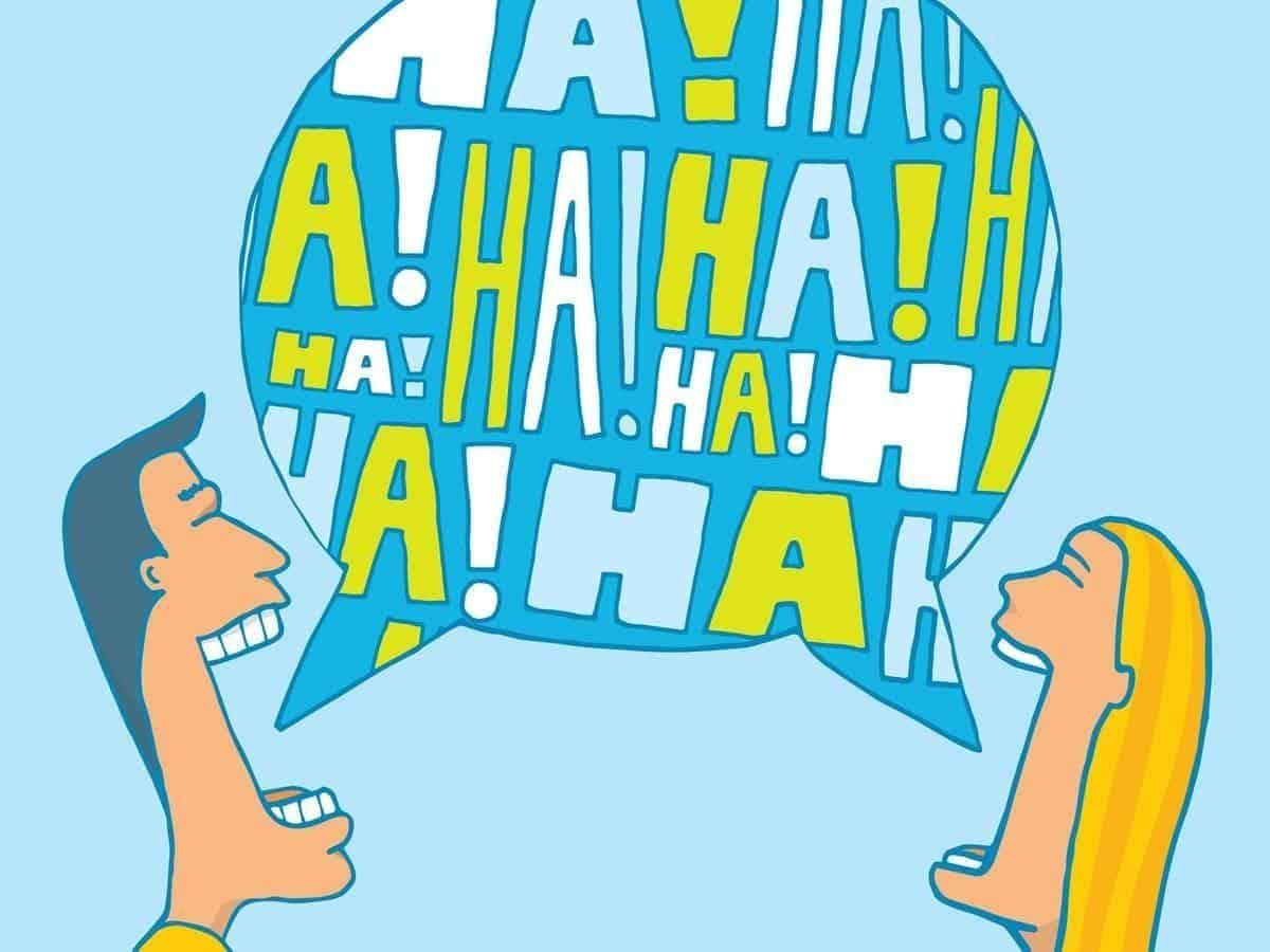 cara menjadi orang cuek dan dingin di chat_Tidak Pernah 'Tertawa' atau Memakai Emoticon Tawa
