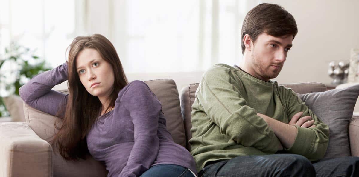 ciri-ciri toxic relationship_Pasanganmu tidak suka melihatmu lebih unggul
