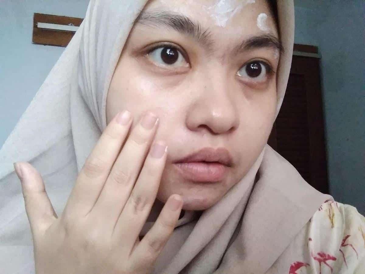 review skin aqua uv moisture gel_Aplikasi