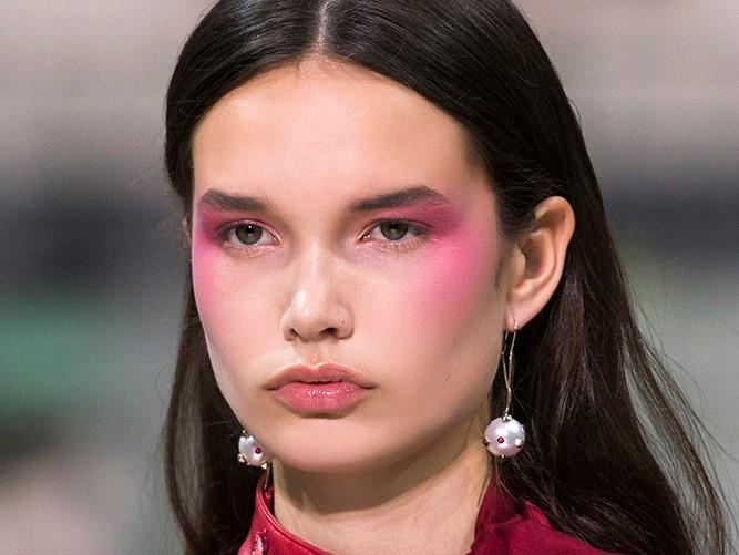 Draping Makeup