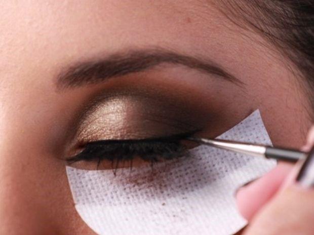 Eyeshadow Shield