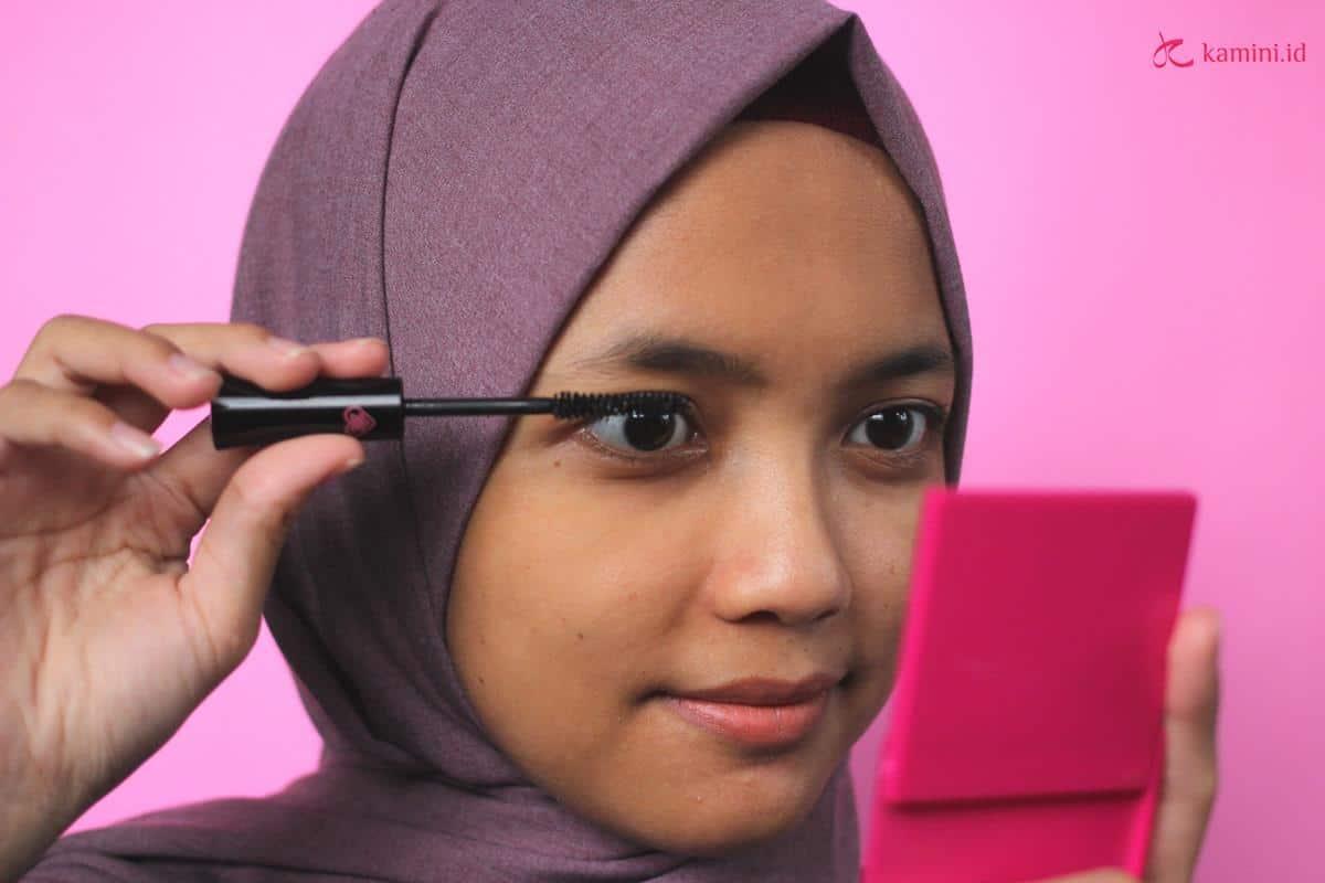 Review Emina Star Lash Aqua Mascara_cara pemakaian