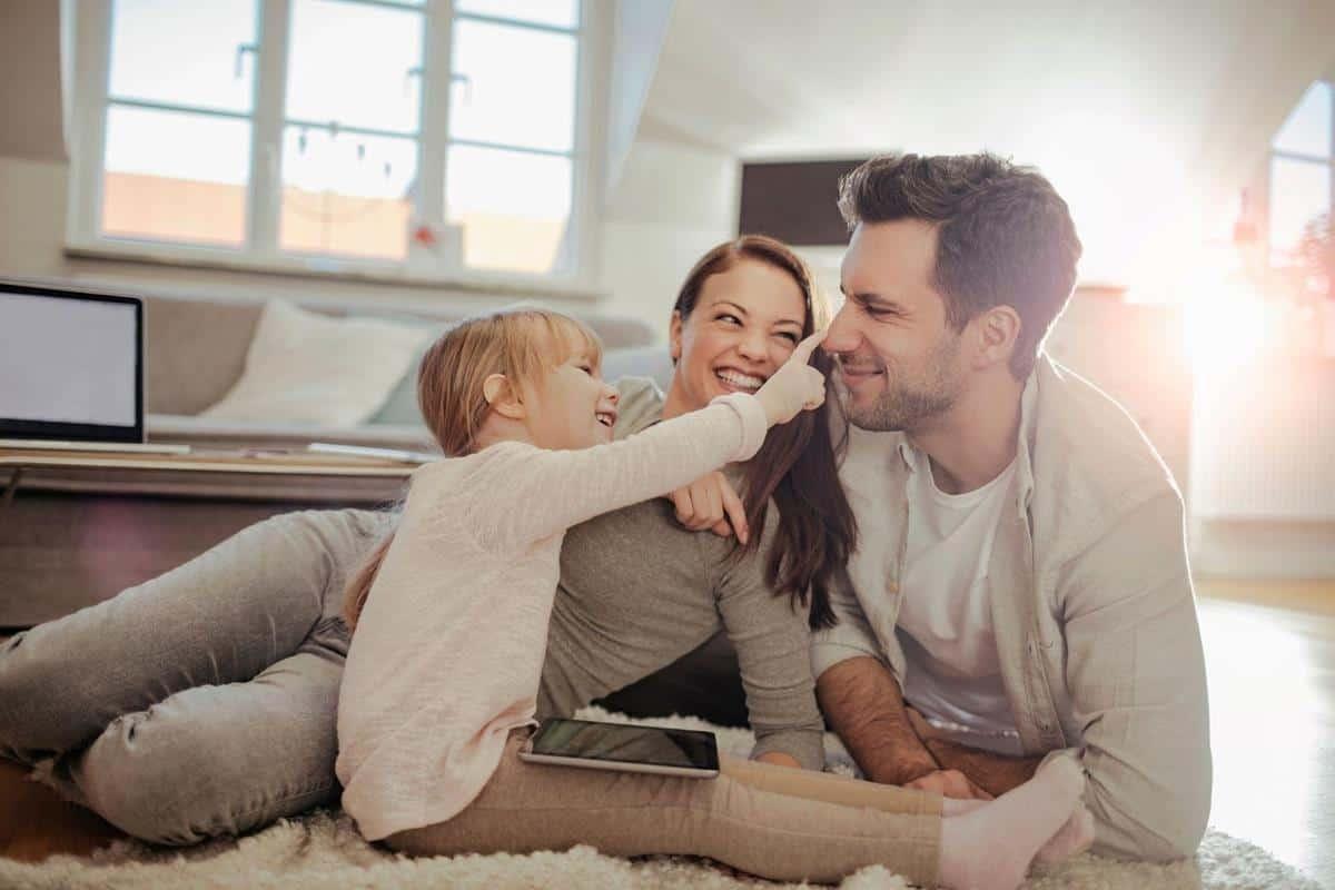 tanda tanda suami sayang istri dan anak_Tidak Membanding-Bandingkan
