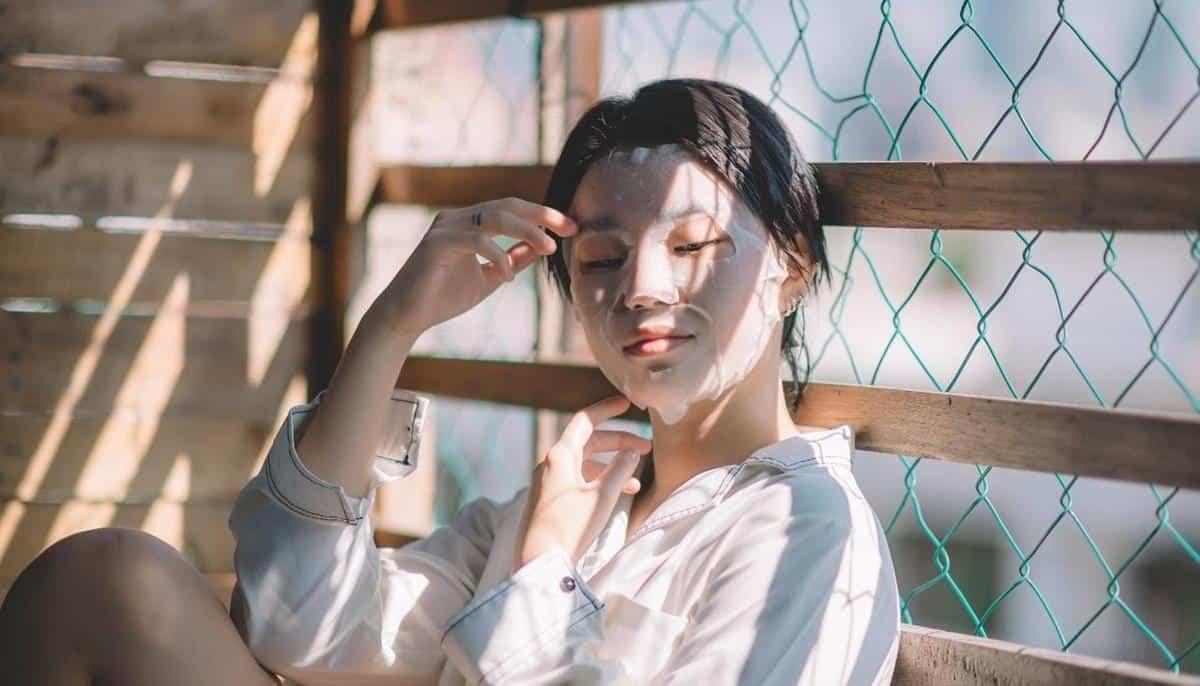 tips agar kulit tidak kusam selama puasa_Gunakan Masker Wajah Secara Rutin