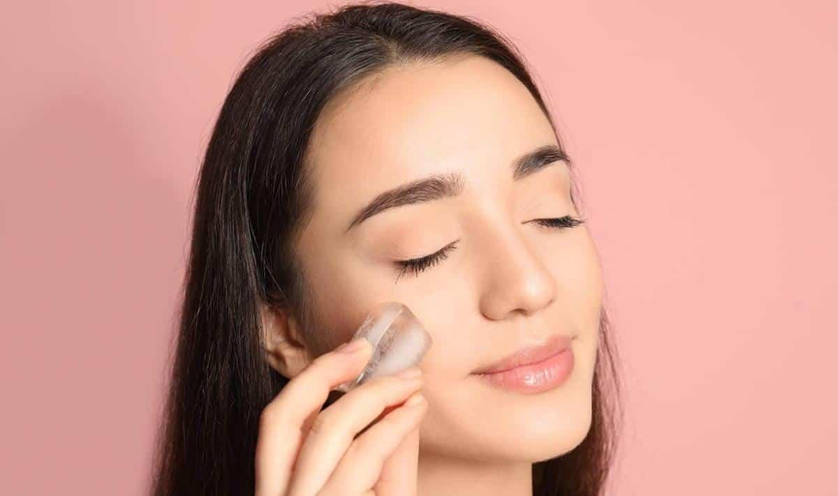 tips agar tidak burntusan selama puasa_Hilangkan Kulit Stres dengan Kompres Pakai Es Batu