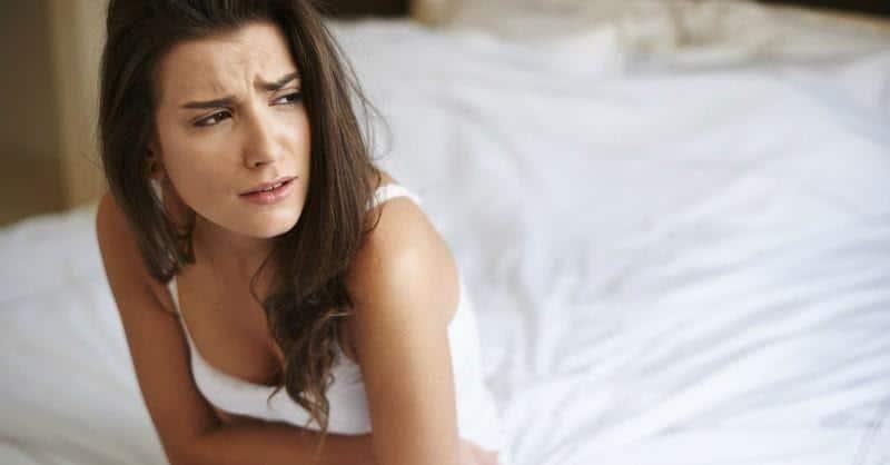 Cara Mengembalikan Mood Wanita Lewat Chat_PMS