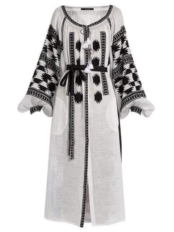 Model baju lebaran warna monokrom_ Embroidered Boho Dress