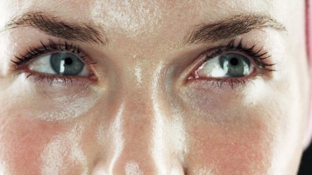 manfaat theraskin acne glow_Mengurangi Produksi Minyak Berlebih