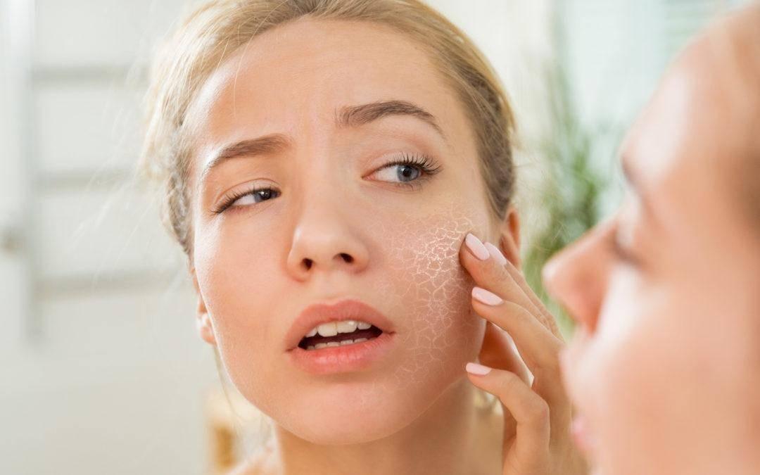 skincare routine untuk kulit kering_Gunakan Produk Perawatan Wajah Sesederhana Mungkin