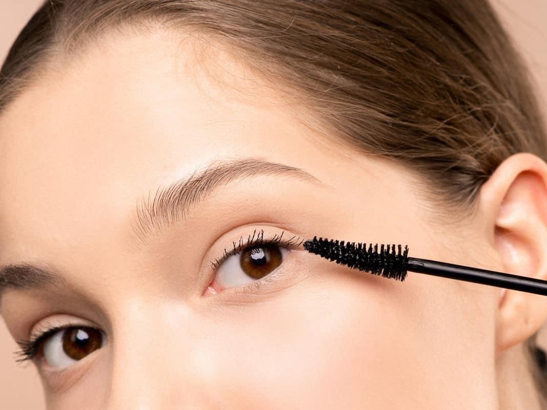 tips eye makeup simple dan segar untuk ramadhan