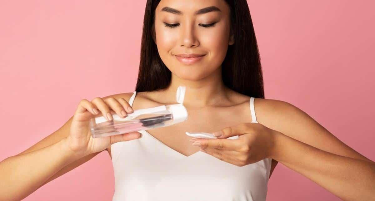 Kesalahan saat mencuci muka_Menghilangkan Sisa Makeup dengan Cuci Muka