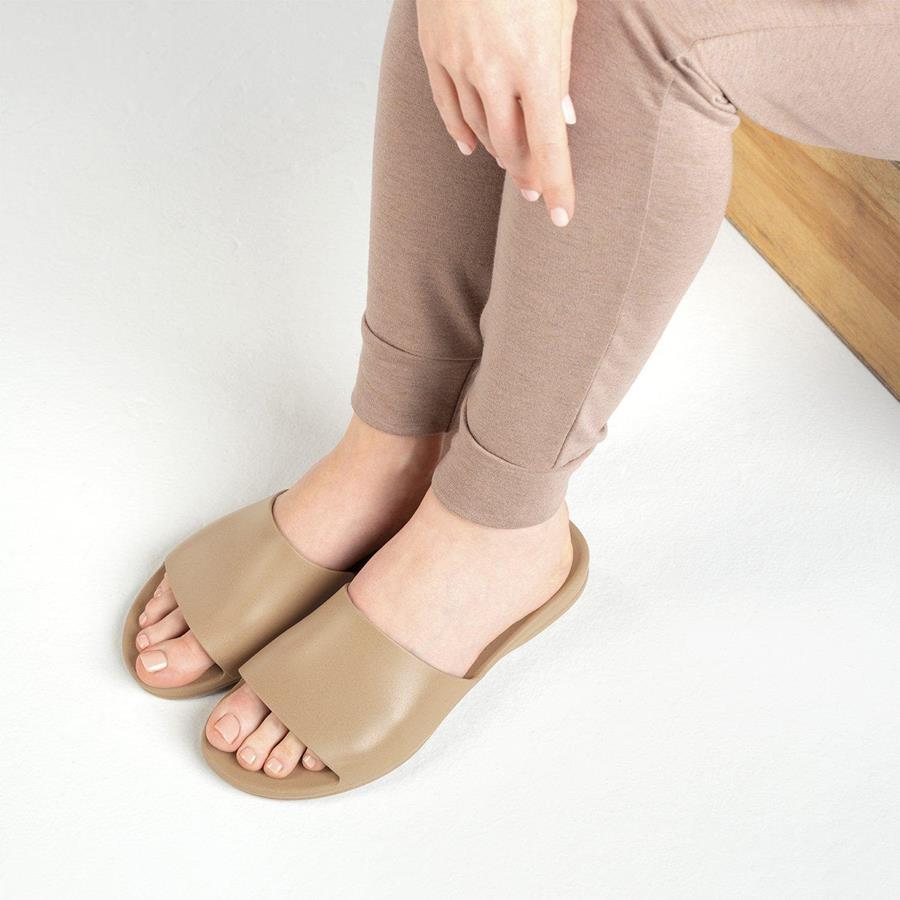 alas kaki untuk kaki lebar_Slide Sandals
