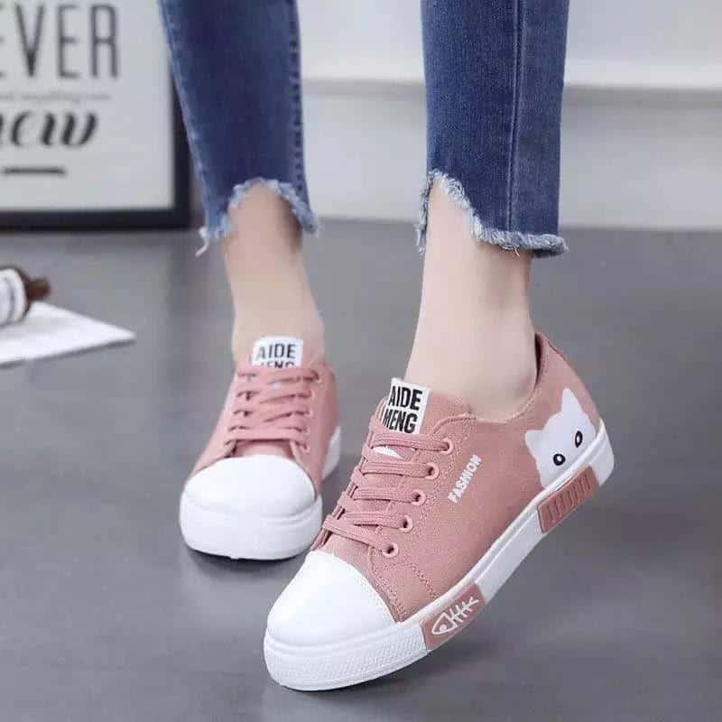 alas kaki untuk kaki lebar_Sneakers