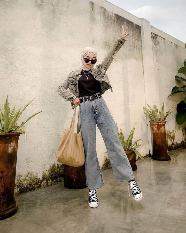 boyish style untuk hijabers_Denim jacket