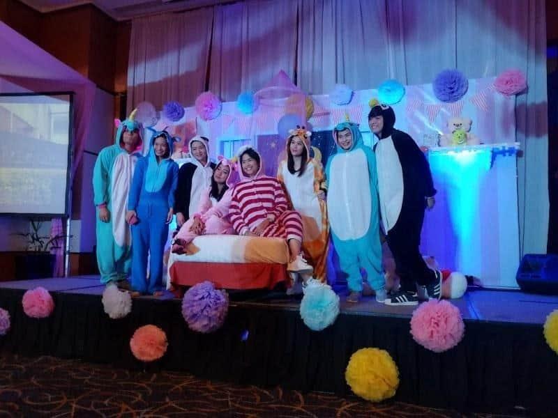 konsep sweet seventeen sederhana_Pajamas Party