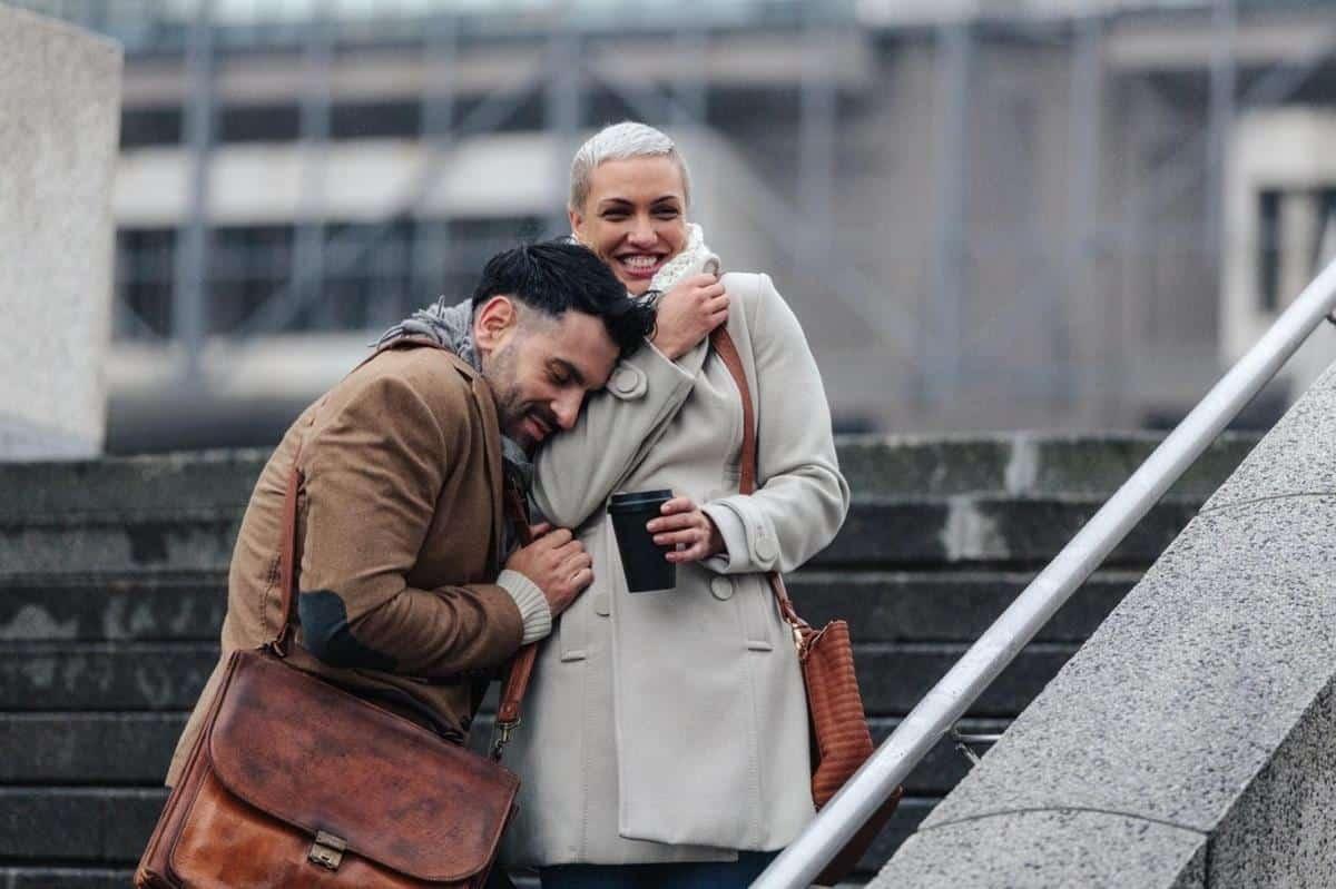 Tips hadapi pasangan yang kekanakan_Jangan Terbawa Emosi