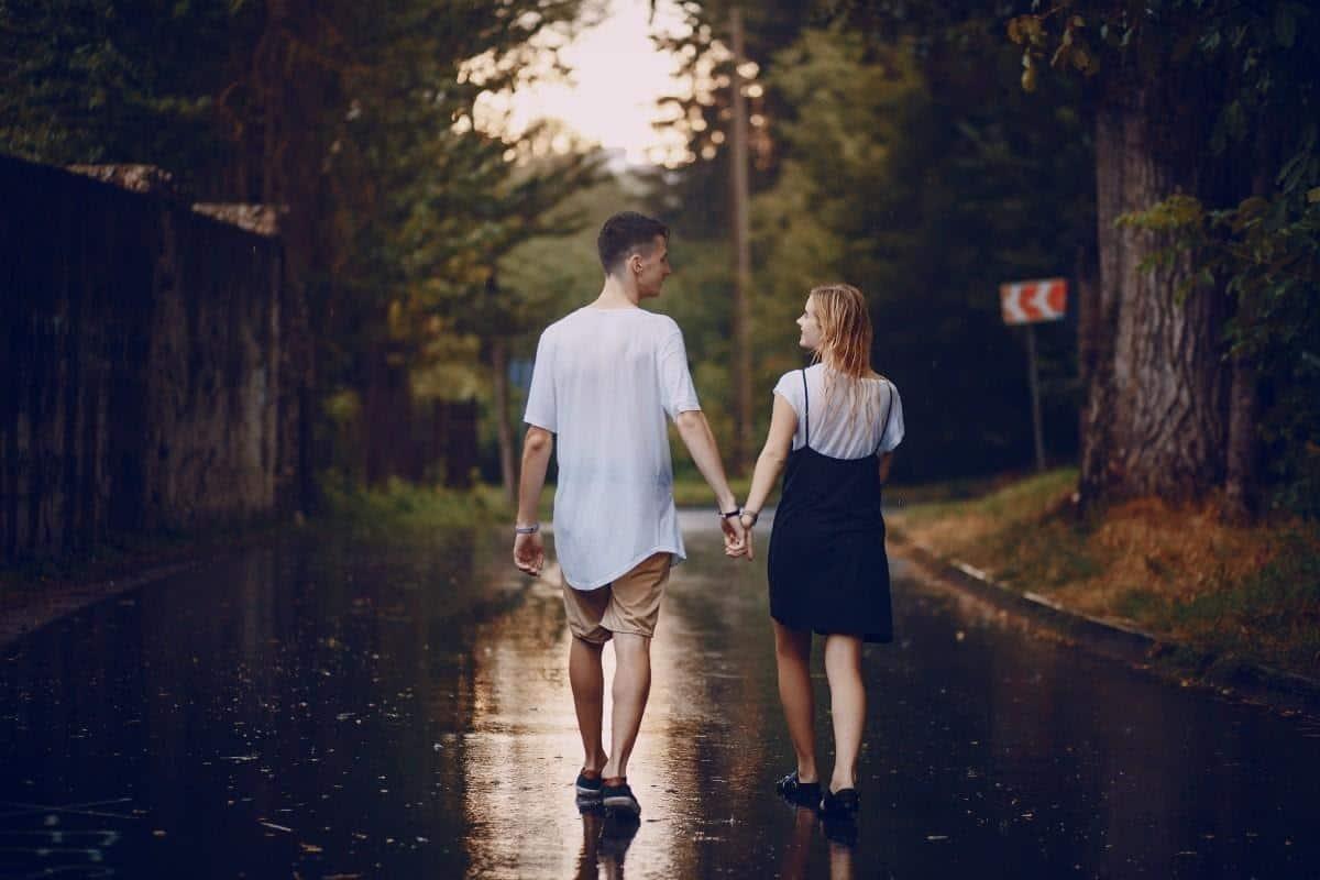 ciri-ciri pria jatuh cinta_Mencari Tahu dan Mengingat Hal Detail Tentangmu
