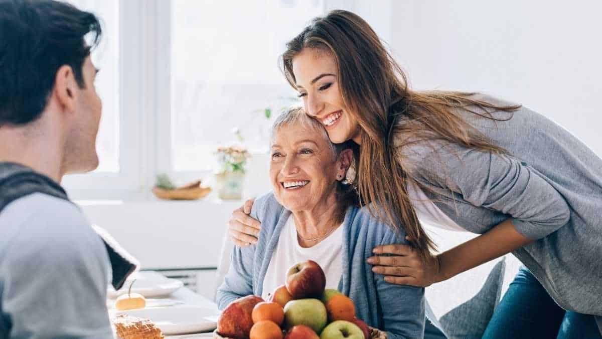 keuntungan dijodohkan orangtua_Membahagiakan Orangtua